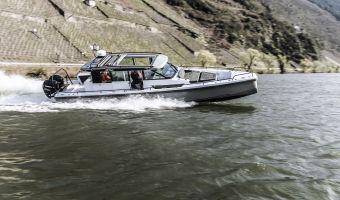 Speed- en sportboten Axopar 37 Sports Cabin eladó