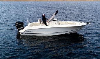 Speed- en sportboten Boston Whaler 230 Outrage eladó