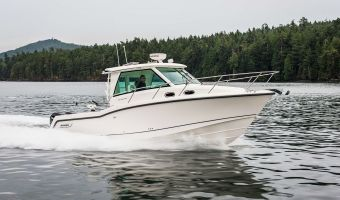 Motorjacht Boston Whaler 315 Conquest Pilothouse eladó