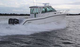 Speed- en sportboten Boston Whaler 345 Conquest Pilothouse eladó