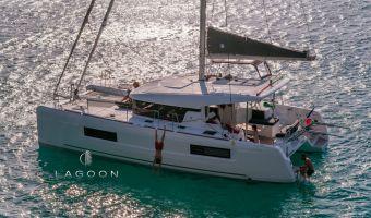 Многокорпусовый парусник Lagoon 40 New для продажи