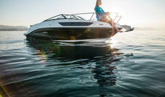 Speed- en sportboten Sea Ray Sun Sport 230 eladó