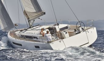 Парусная яхта Jeanneau Sun Odyssey 490 для продажи