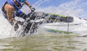 Jet-Ski und Wassermotorräder Yamaha Waterscooters Jetski Superjet zu verkaufen