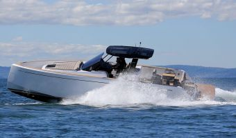 Speedboat and sport cruiser Pardo Yachts Pardo 38 for sale