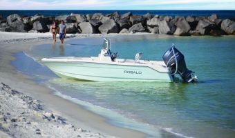 Speedboat und Cruiser Robalo Center Console R160 zu verkaufen