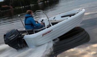 Offene Motorboot und Ruderboot Pioner 15 zu verkaufen
