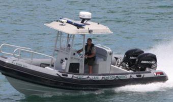RIB et bateau gonflable Boston Whaler 750 Impact à vendre