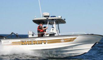 Bateau à moteur Boston Whaler 24' Justice à vendre