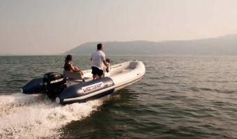 RIB und Schlauchboot Valiant Sport 550 zu verkaufen