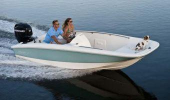 Bateau à rame Boston Whaler 150 Super Sport à vendre