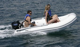 RIB og oppustelige både  Zodiac Cadet Fastroller 325 til salg