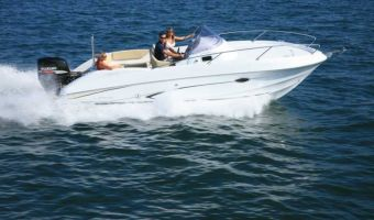 Bateau à moteur Beneteau Flyer 750 Sun Deck à vendre