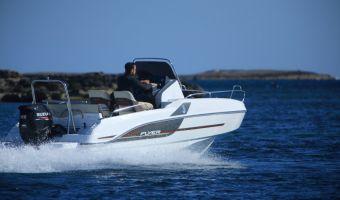 Моторная яхта Beneteau Flyer 5.5 Sundeck для продажи