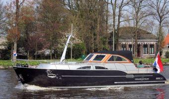 Motor Yacht Crown Admiral 35 Cabriolet til salg
