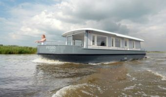 Sailing houseboat Pedro Liberty for sale