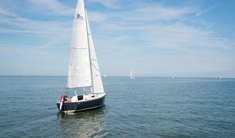Seglingsyacht Damarin D-sailer 23 till försäljning
