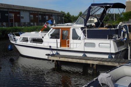 Hooveld 960 AK, Motorjacht Hooveld 960 AK te koop bij Jachtbemiddeling Sneekerhof