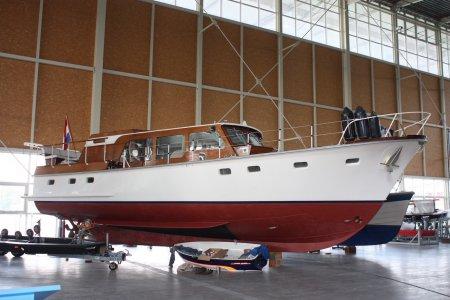 Super Van Craft, Motorjacht Super Van Craft te koop bij Jachtbemiddeling Sneekerhof