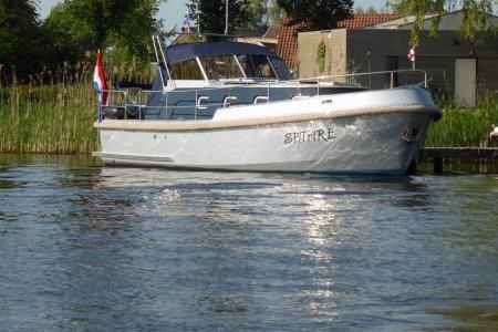 Hellingskip Cockpit 1000, Motorjacht Hellingskip Cockpit 1000 te koop bij Jachtbemiddeling Sneekerhof