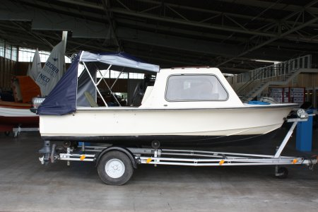 Vis En Toer Boot, Speed- en sportboten Vis En Toer Boot te koop bij Jachtbemiddeling Sneekerhof