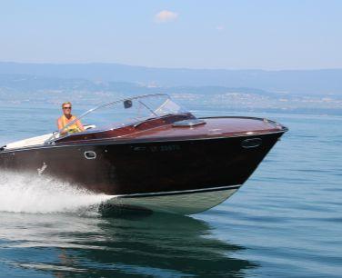 Boesch 900 Riviera De Luxe te koop on HISWA.nl