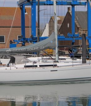 Grand Soleil 43, Zeiljacht Grand Soleil 43 for sale by GT Yachtbrokers