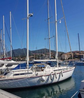 Amel Super Maramu 2000, Zeiljacht Amel Super Maramu 2000 for sale by GT Yachtbrokers