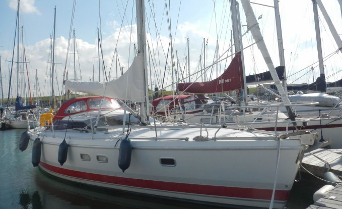 Etap 38i, Zeiljacht for sale by GT Yachtbrokers