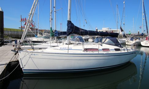 Bavaria 31 Cruiser, Zeiljacht for sale by GT Yachtbrokers