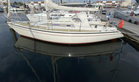 Dehler 32, Zeiljacht for sale by GT Yachtbrokers