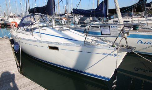 Beneteau Oceanis 350, Zeiljacht for sale by GT Yachtbrokers