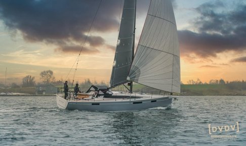 Dehler 38 SQ, Zeiljacht for sale by GT Yachtbrokers