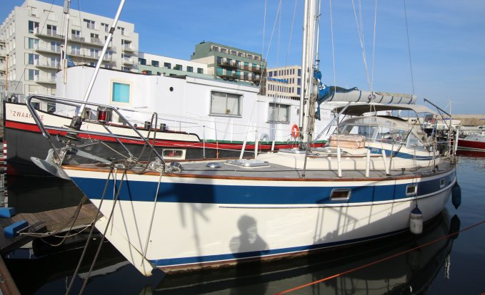 Hallberg Rassy 352, Zeiljacht for sale by GT Yachtbrokers