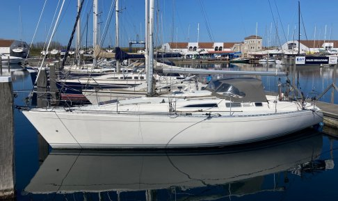 Sigma 38 OOD, Zeiljacht for sale by GT Yachtbrokers