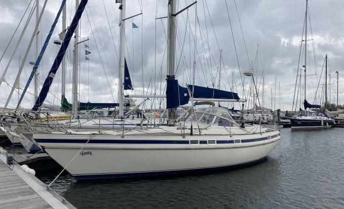 Contest 38S, Zeiljacht for sale by GT Yachtbrokers