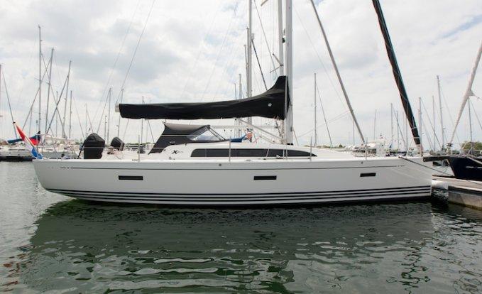 X Yacht XP 38, Zeiljacht for sale by GT Yachtbrokers
