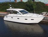 Sealine 35SC, Hastighetsbåt och sportkryssare  Sealine 35SC säljs av Melior Yachts