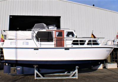 Succes 950SD, Motor Yacht  for sale by Pedro-Boat
