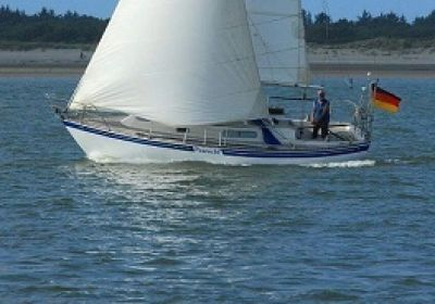 C&C 27, Sailing Yacht C&C 27 for sale at Pedro-Boat