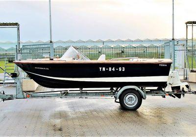 Vega Tornado GTS, Speedboat and sport cruiser Vega Tornado GTS for sale at Pedro-Boat