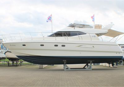 Azimut 43 Fly-bridge, Motor Yacht Azimut 43 Fly-bridge for sale at Pedro-Boat