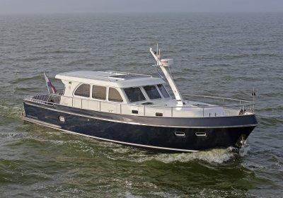 Privateer Yachts - Uitwellingerga Elegance 43, Motorjacht