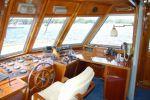 Beachcraft 18.50 flybridge