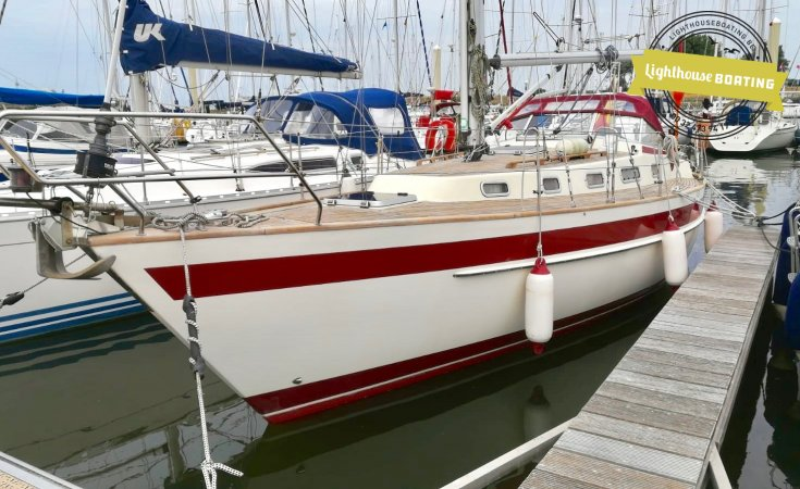 Najad 340, Sailing Yacht for sale by Lighthouse Boating