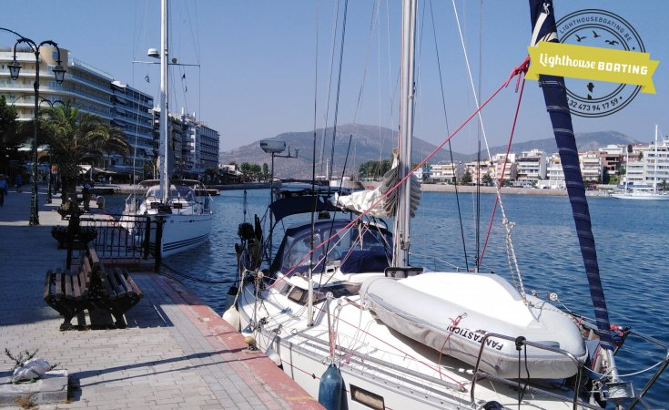 Beneteau Oceanis 350, Sailing Yacht for sale by Lighthouse Boating