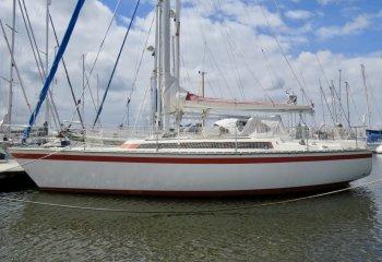 Friendship 35, Segelyacht Friendship 35 zum Verkauf bei Reijn Jachtmakelaardij