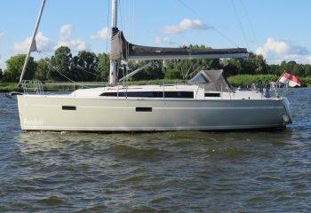Bavaria 37-3, Segelyacht Bavaria 37-3 zum Verkauf bei Reijn Jachtmakelaardij