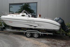 Ranieri Internationaal Atlantis 24, Speed- en sportboten Ranieri Internationaal Atlantis 24 te koop bij Slikkendam Watersport