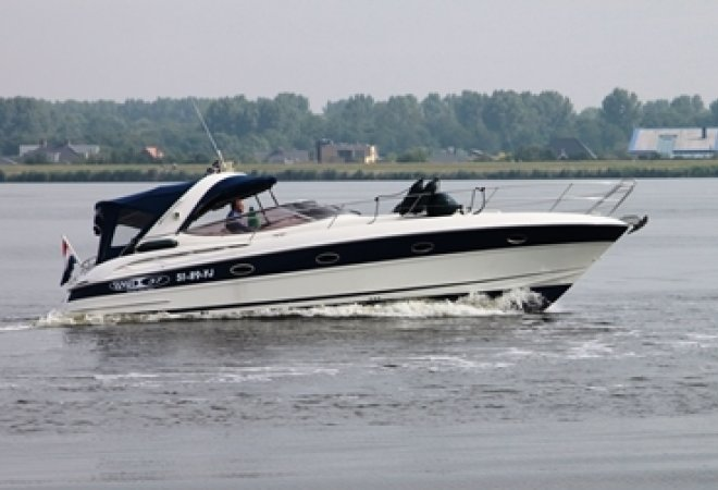 Bavaria 37 Sport for sale by SchipVeiling